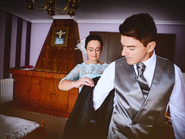 La boda de Feli y Santy en Piornal, Cáceres 24