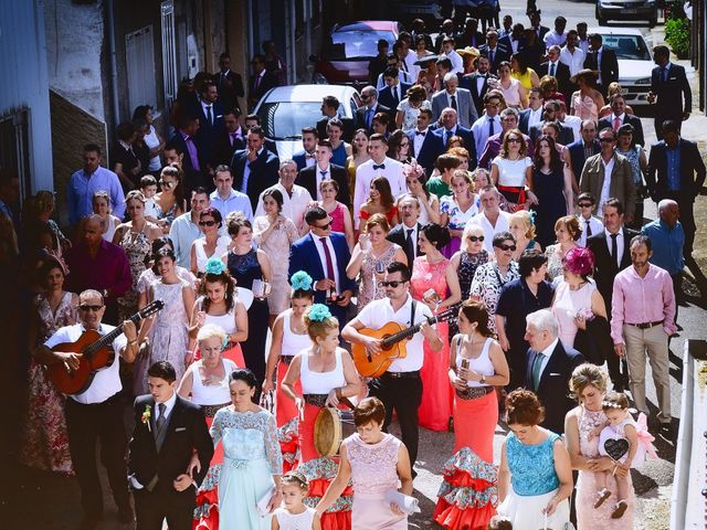 La boda de Feli y Santy en Piornal, Cáceres 32