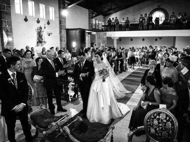 La boda de Feli y Santy en Piornal, Cáceres 35