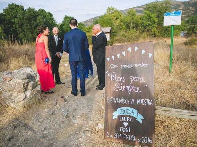 La boda de Toni y Laura en Pinilla Del Valle, Madrid 28