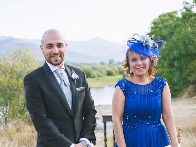 La boda de Toni y Laura en Pinilla Del Valle, Madrid 33