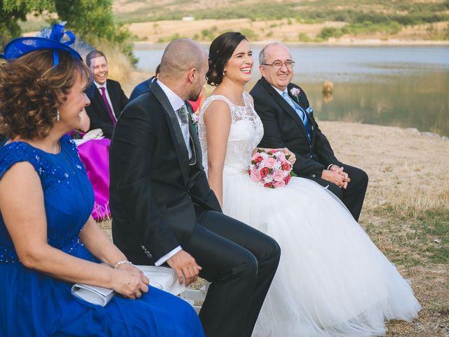 La boda de Toni y Laura en Pinilla Del Valle, Madrid 41