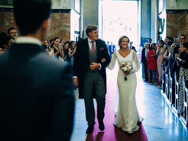 La boda de Juan Alberto y Paloma en Utrera, Sevilla 33
