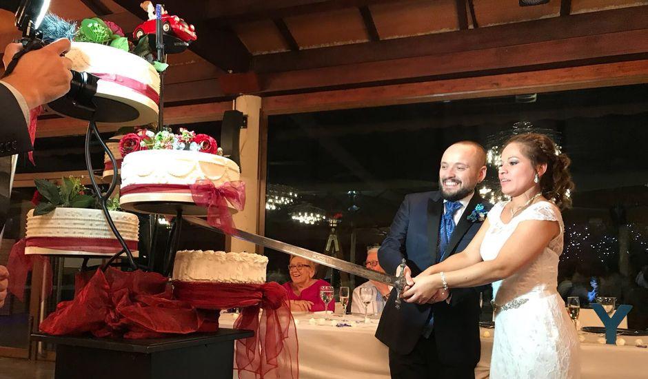 La boda de Toni y Ysa  en Palau De Plegamans, Barcelona