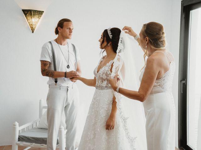 La boda de Roman y Debby en Eivissa, Islas Baleares 8