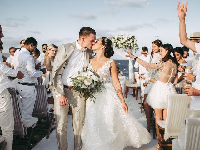 La boda de Debby y Roman