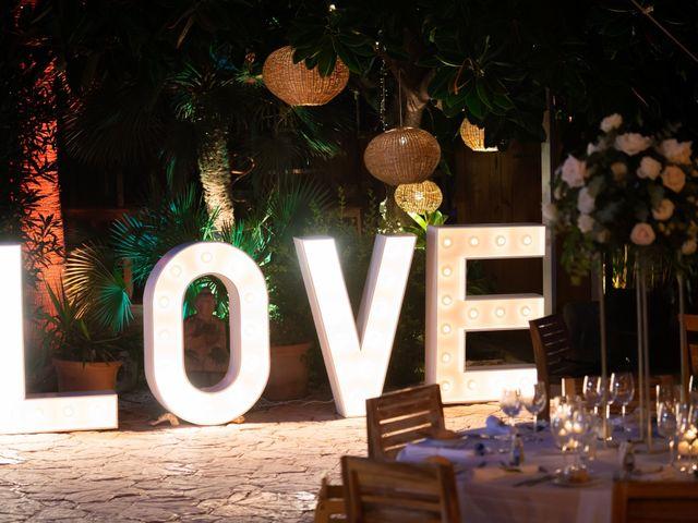 La boda de Roman y Debby en Eivissa, Islas Baleares 16