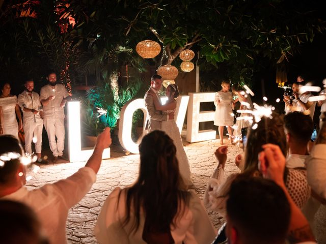 La boda de Roman y Debby en Eivissa, Islas Baleares 20