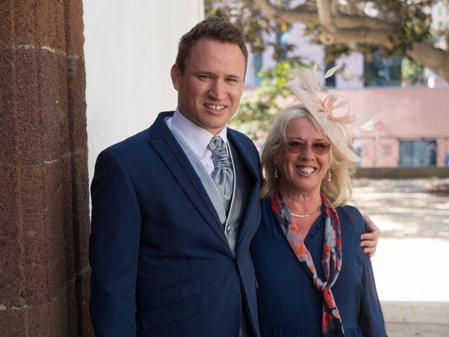 La boda de Cristian y Aniuska en La Victoria De Acentejo, Santa Cruz de Tenerife 9