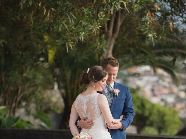 La boda de Cristian y Aniuska en La Victoria De Acentejo, Santa Cruz de Tenerife 12