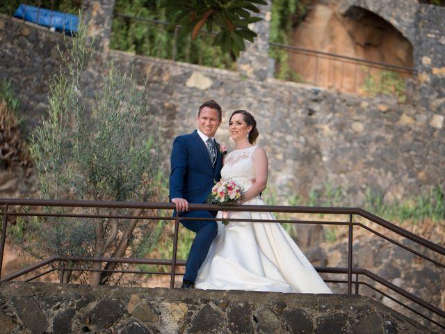 La boda de Cristian y Aniuska en La Victoria De Acentejo, Santa Cruz de Tenerife 1