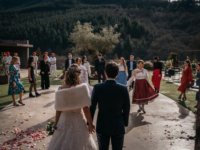 La boda de Jon y Iratxe en Gordexola, Vizcaya 35