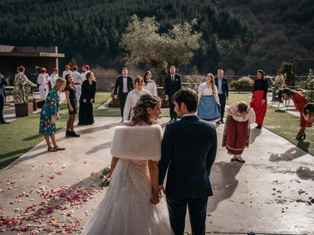 La boda de Jon y Iratxe en Gordexola, Vizcaya 36