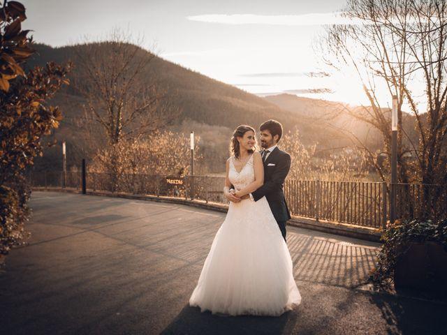 La boda de Jon y Iratxe en Gordexola, Vizcaya 67