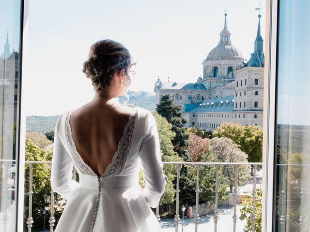 La boda de Alberto y Lucinda en San Lorenzo De El Escorial, Madrid 15