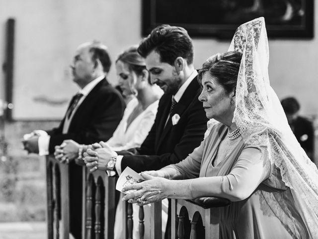 La boda de Alberto y Lucinda en San Lorenzo De El Escorial, Madrid 16