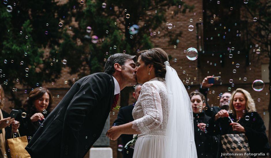 La boda de Justo y Raquel en Madrid, Madrid