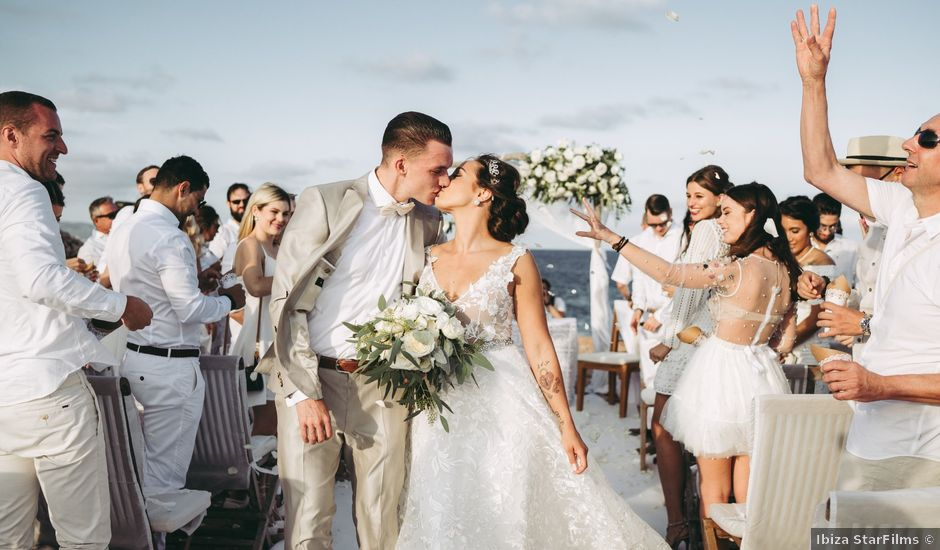 La boda de Roman y Debby en Eivissa, Islas Baleares