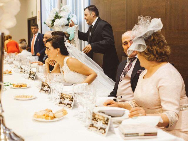 La boda de Cristóbal y Maite en Villacarrillo, Jaén 16