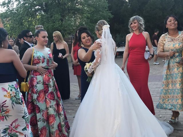 La boda de Javier y Lorena en Madrid, Madrid 17