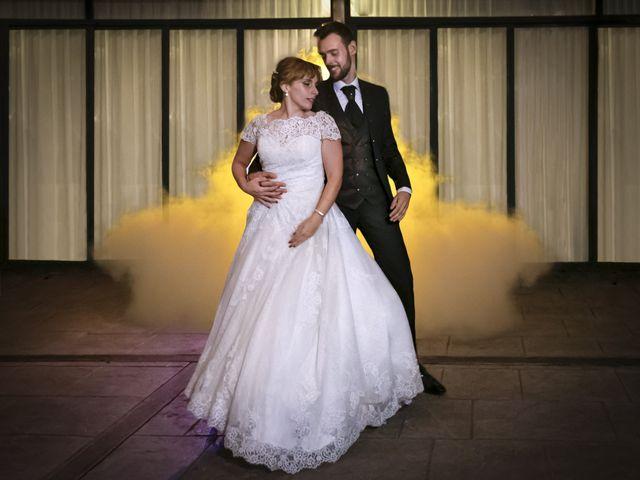 La boda de juan carlos y cari carmen en Villarrobledo, Albacete 3