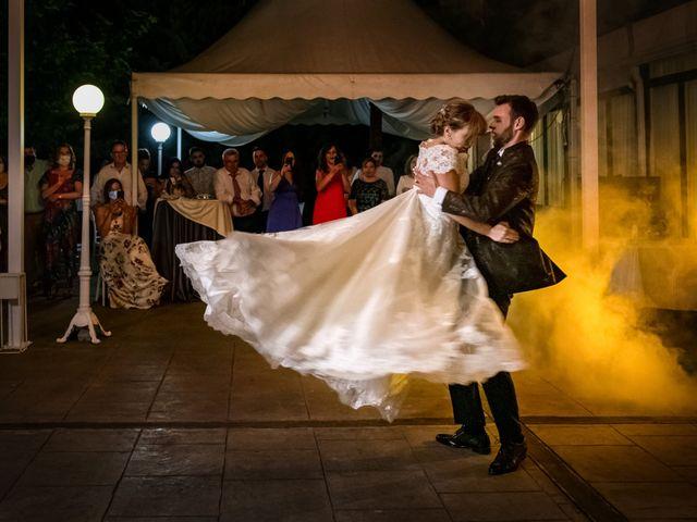 La boda de juan carlos y cari carmen en Villarrobledo, Albacete 4