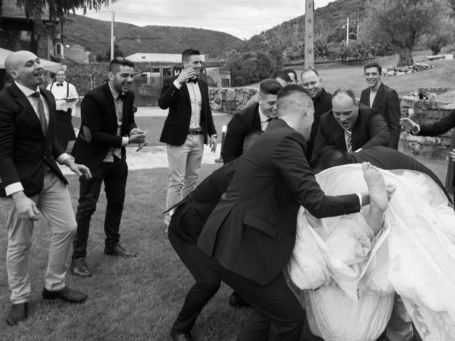 La boda de Santy y Silvia en Ponferrada, León 23
