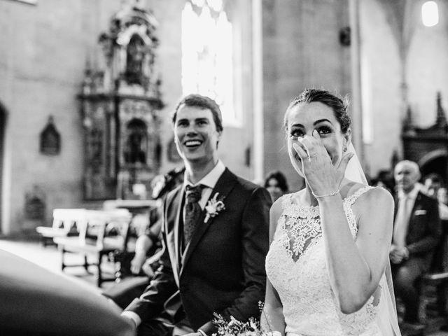 La boda de David y María en Hondarribia, Guipúzcoa 12