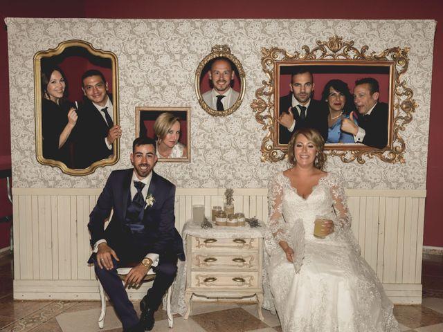 La boda de Julio y Vanesa en Sevilla, Sevilla 44