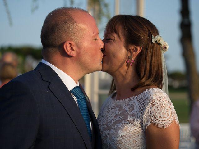 La boda de José Manuel y Zara en Chiclana De La Frontera, Cádiz 34