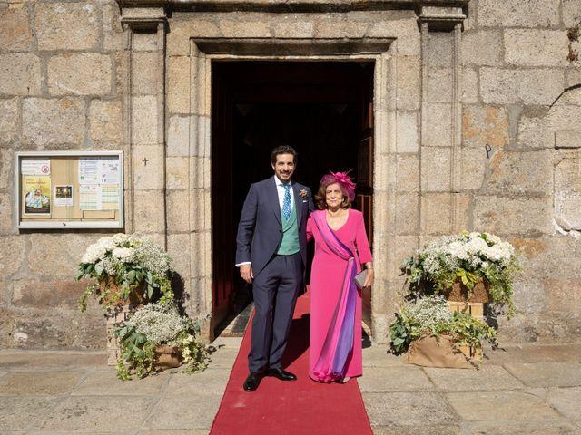 La boda de Juan y Begoña en Nigran, Pontevedra 5