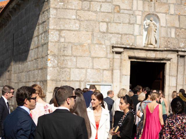 La boda de Juan y Begoña en Nigran, Pontevedra 8