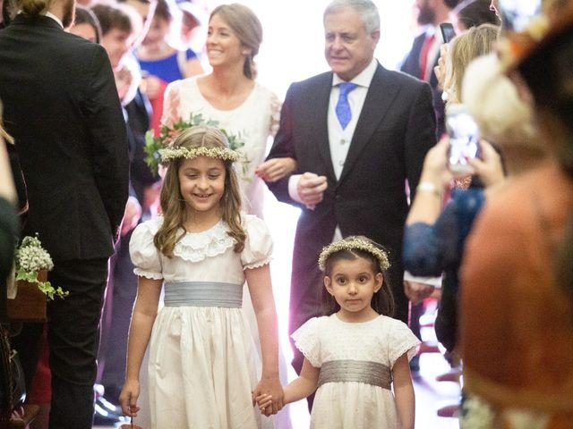 La boda de Juan y Begoña en Nigran, Pontevedra 16
