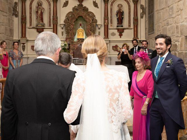 La boda de Juan y Begoña en Nigran, Pontevedra 17