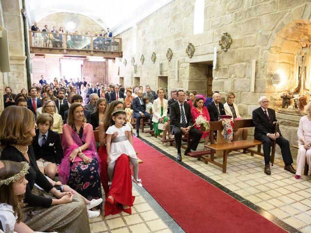 La boda de Juan y Begoña en Nigran, Pontevedra 22
