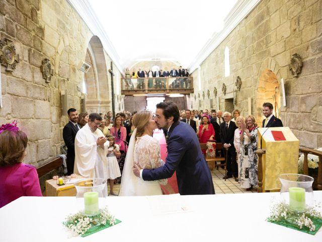 La boda de Juan y Begoña en Nigran, Pontevedra 24