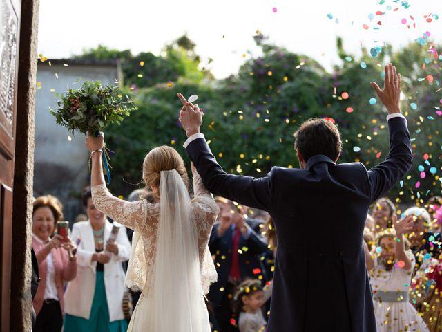 La boda de Juan y Begoña en Nigran, Pontevedra 27