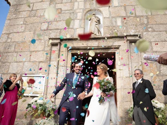 La boda de Juan y Begoña en Nigran, Pontevedra 29