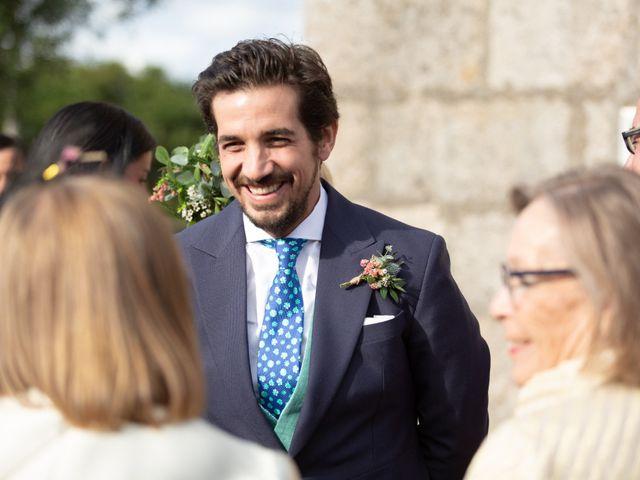La boda de Juan y Begoña en Nigran, Pontevedra 31