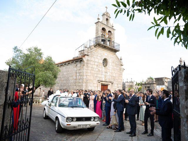 La boda de Juan y Begoña en Nigran, Pontevedra 34