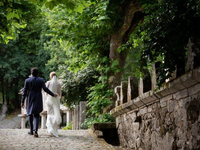 La boda de Juan y Begoña en Nigran, Pontevedra 41