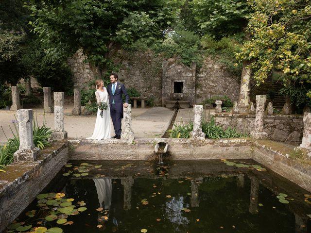La boda de Juan y Begoña en Nigran, Pontevedra 42