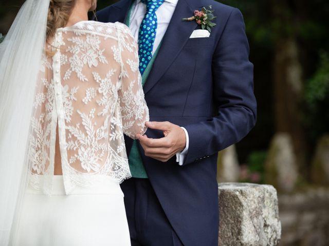 La boda de Juan y Begoña en Nigran, Pontevedra 46