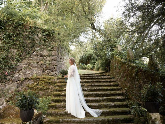 La boda de Juan y Begoña en Nigran, Pontevedra 51