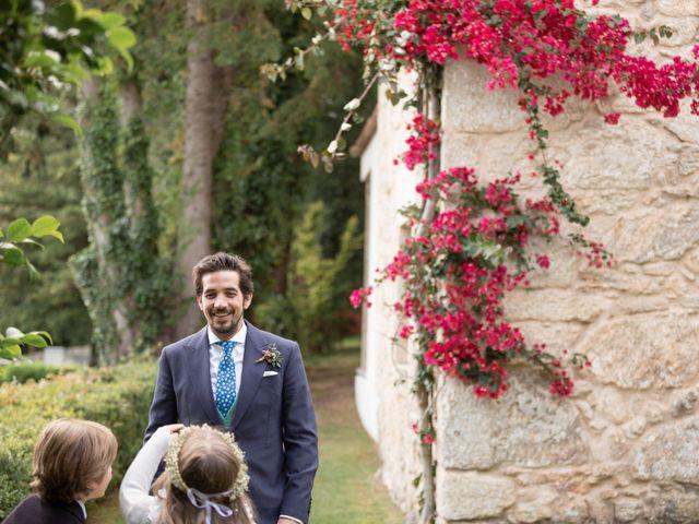 La boda de Juan y Begoña en Nigran, Pontevedra 66