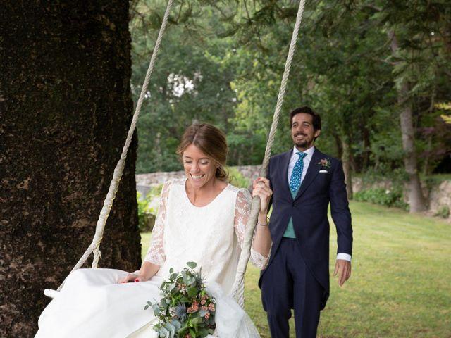 La boda de Juan y Begoña en Nigran, Pontevedra 72