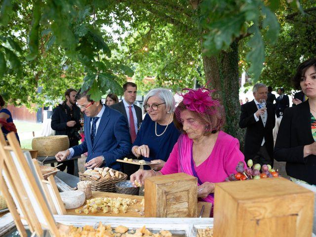 La boda de Juan y Begoña en Nigran, Pontevedra 86