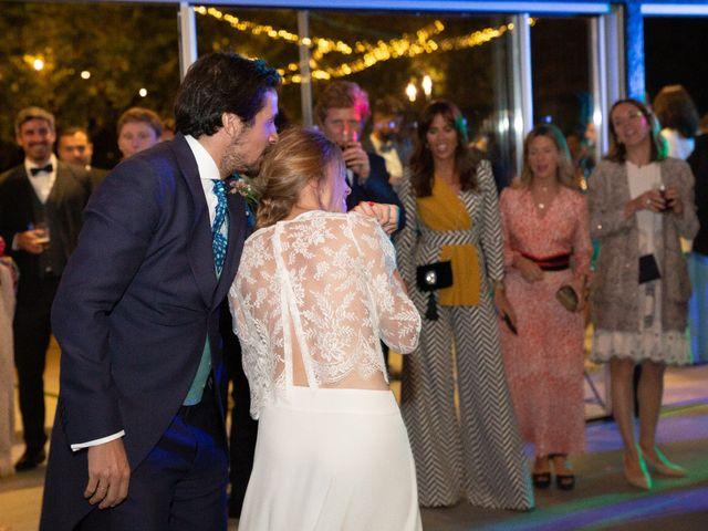 La boda de Juan y Begoña en Nigran, Pontevedra 101