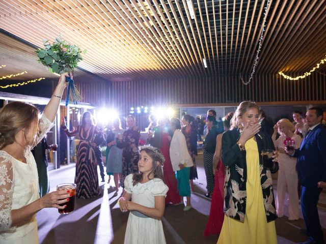 La boda de Juan y Begoña en Nigran, Pontevedra 104
