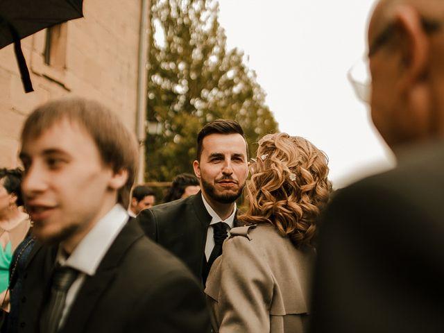 La boda de Bea y Iker en Santa Gadea Del Cid, Burgos 29